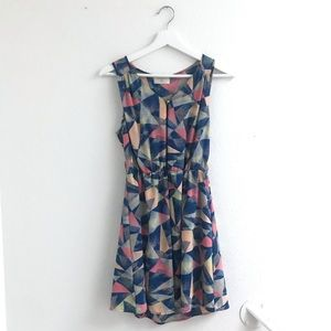 Everly blue pink triangle print dress